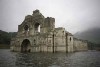 Egy templom bukkant elő a víz alól Mexikóban