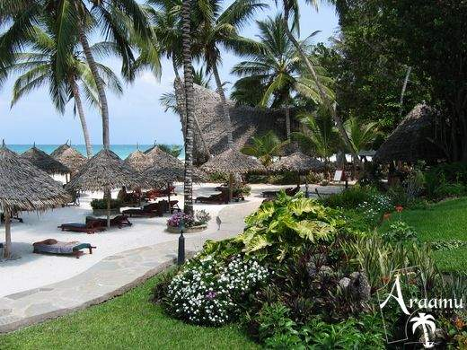 Kenya, Pinewood Village Beach Resort****