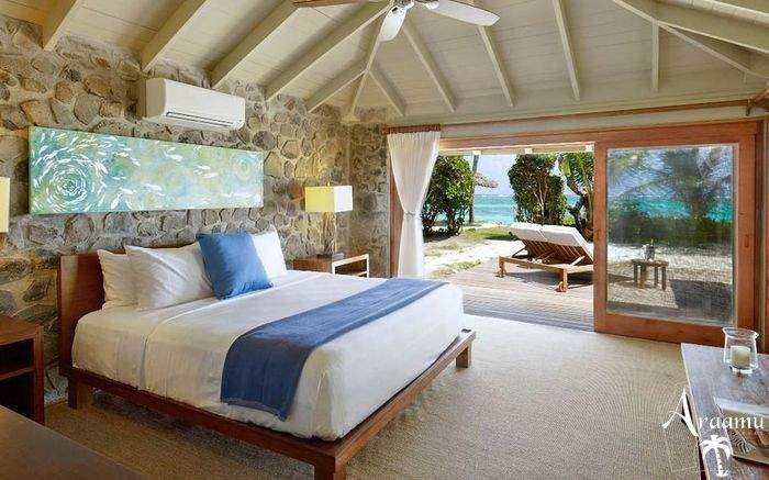 St. Vincent & Grenadine, Petit St. Vincent Private Island*****