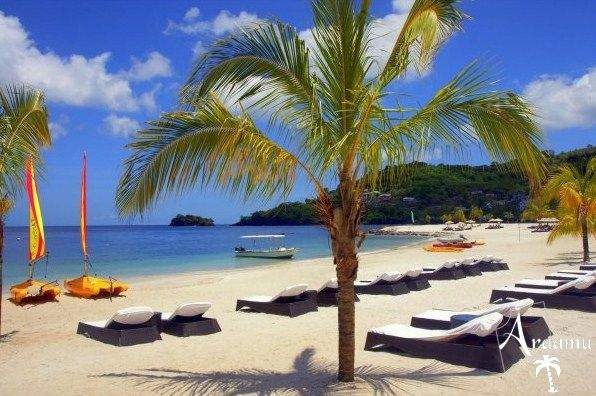 St. Vincent & Grenadine, Buccament Bay Beach*****
