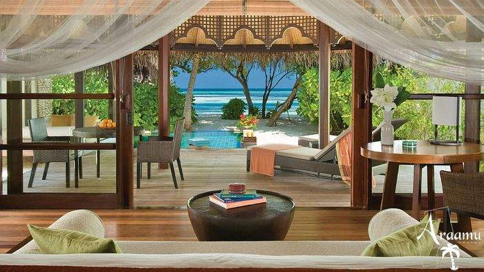 Maldív-szigetek, Four Seasons Resort Maldives at Kuda Huraa******