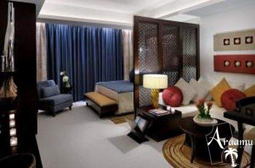 Dubai, The Address Hotel*****